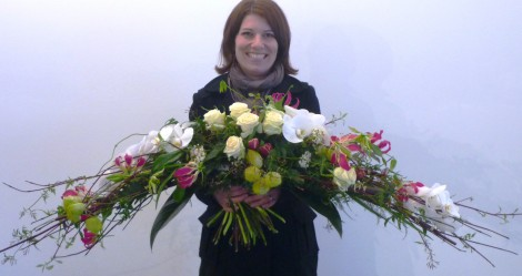 Eva Rick und der NRW-Strauß für Königin Beatrix